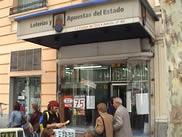 Loteria El gordo de Navidad en La Espiga de Oro Administracion de Loterias num. 80 de Madrid